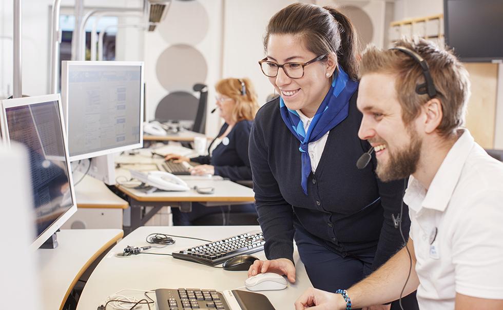 SOS Alarm söker dig med undersköterskekompetens till larmcentralen i Stockholm